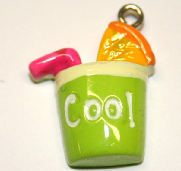 GREEN COOL DRINK FOOD CHARM 20MM X 10MM CHFD1038